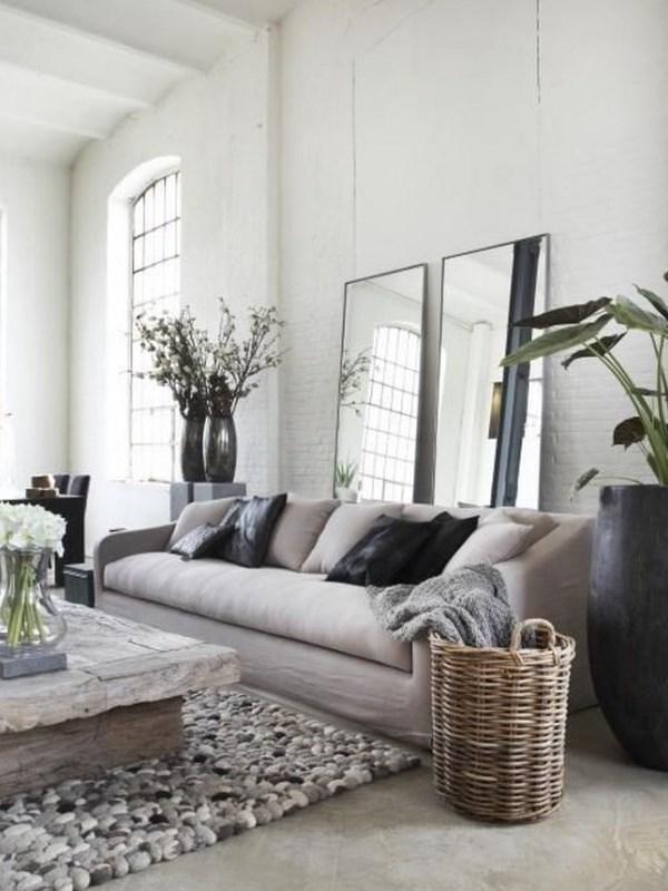 Divano in lino in ambienti eleganti in stile francese