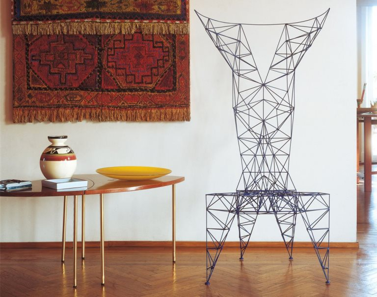 Seduta Pylon Chair di Tom Dixon per CAPPELLINI